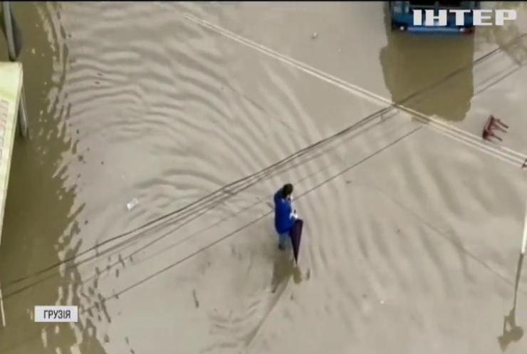 Злива спричинила потоп у грузинському Батумі