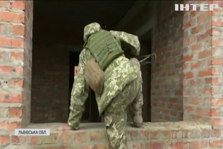 """В Україні тривають масштабні міжнародні військові навчання """"Спільні зусилля"""""""