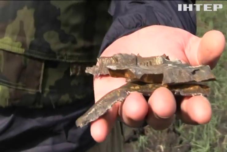 Війна на Донбасі: двоє українських військових підірвалися на невідомому пристрої