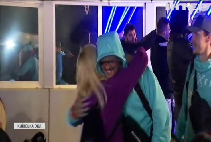 Олександр Усик повернувся додому після переможного бою