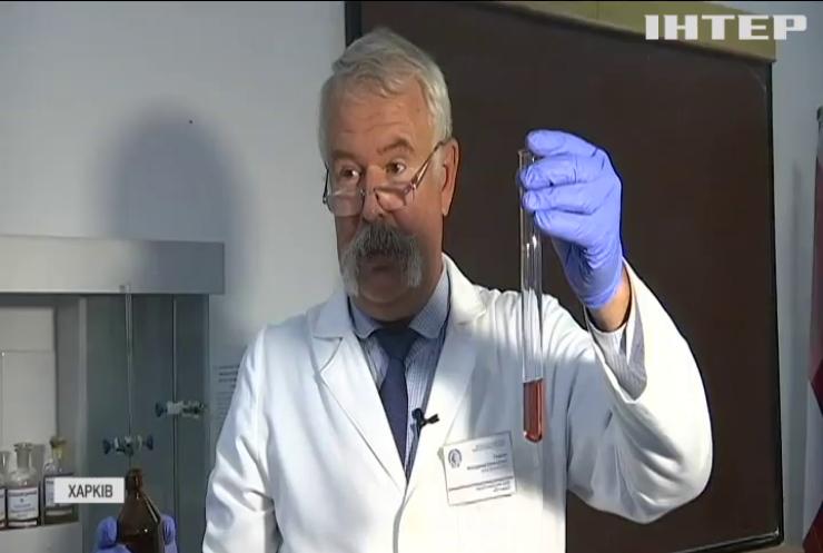 Доцент Харківського університету пропагує хімію через тік-ток