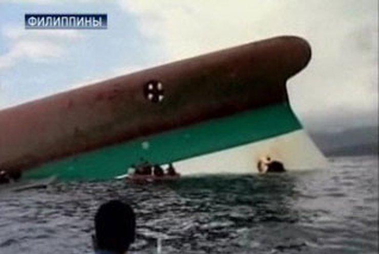 При крушении парома на Филиппинах затонули около 800 человек