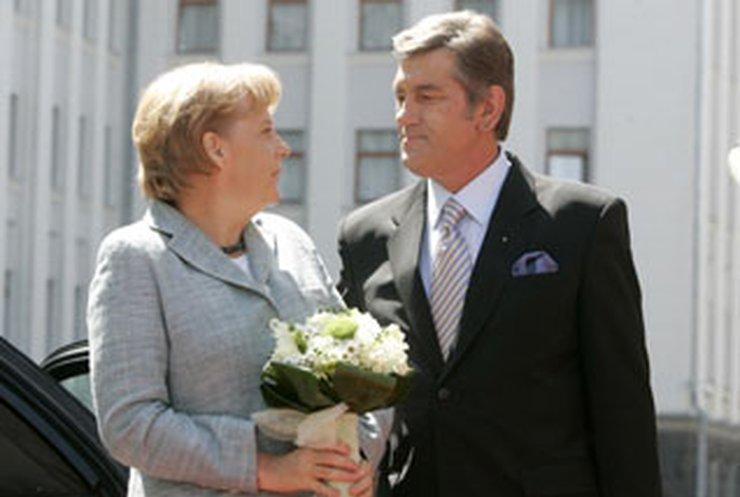 """Меркель: Украина """"однажды"""" станет членом НАТО"""