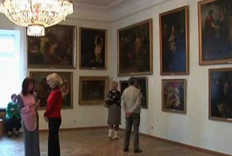 Германия хочет вернуть картины из Художественного музея в Симферополе