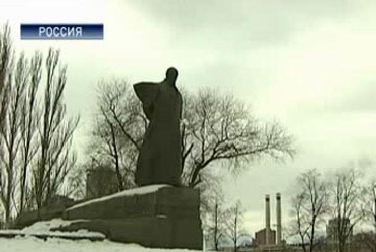 Истории знаменитых памятников Шевченко