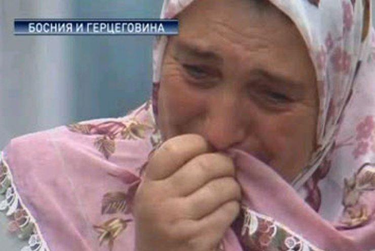 В Боснии вспоминают жертв трагедии в Сребренице