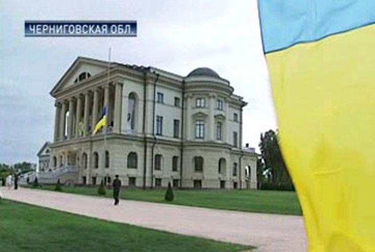 В Батурине открыли дворец Кирилла Разумовского