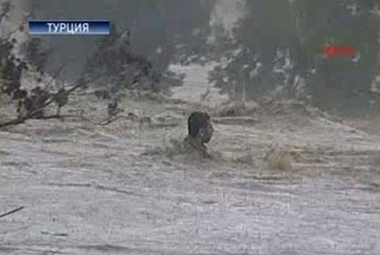 """В Стамбуле """"второй Всемирный потоп"""""""