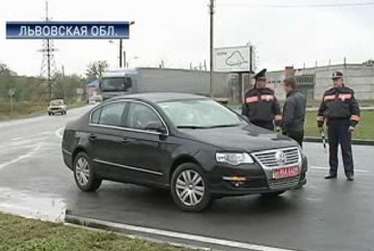 На Львовщине за неуплату штрафа отбирают авто