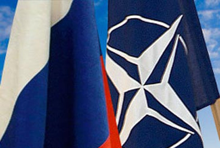 Генсек НАТО пообещал никогда не нападать на Россию