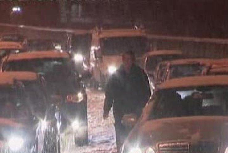 Европа скована снегом, но поезда под Ла-Маншем уже пустили