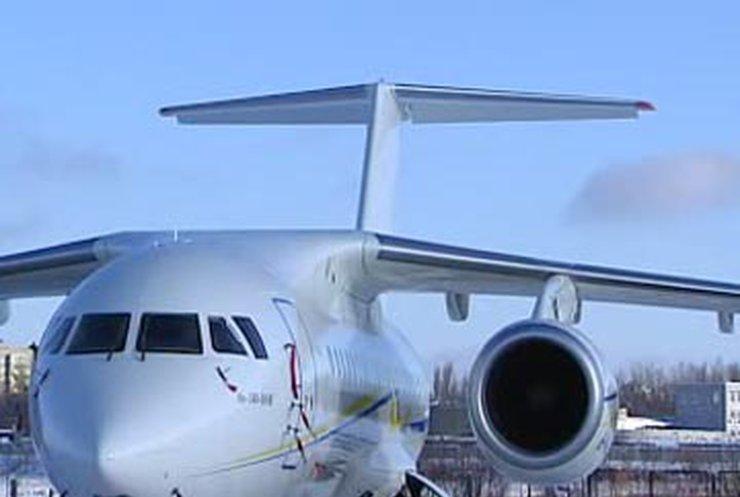 В Украине представили новый самолет Ан-148