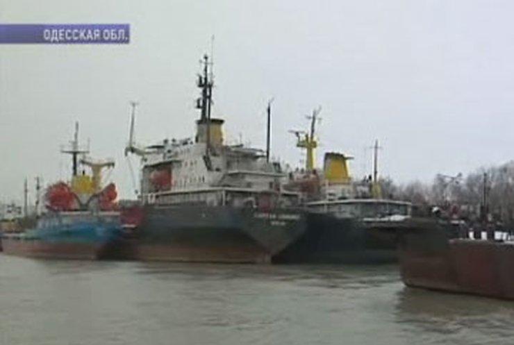 """Моряки """"Украинского Дунайского пароходства"""" грозят перекрыть устье Дуная"""