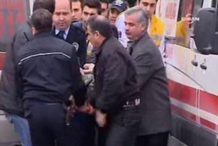 Турок открыл огонь в консульстве Украины в Стамбуле