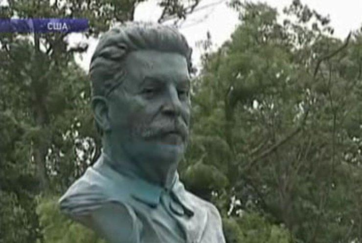 В Вирджинии установили памятник Сталину