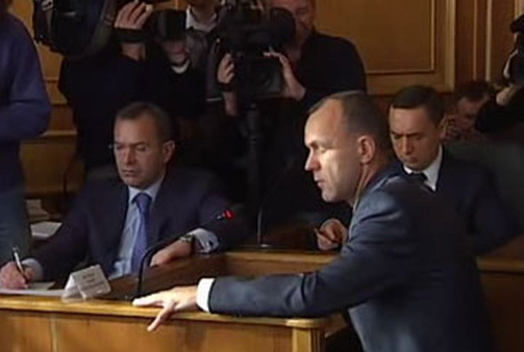 БЮТ собирает подписи за отставку Кабмина