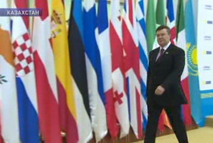 Янукович участвует в саммите ОБСЕ в Астане
