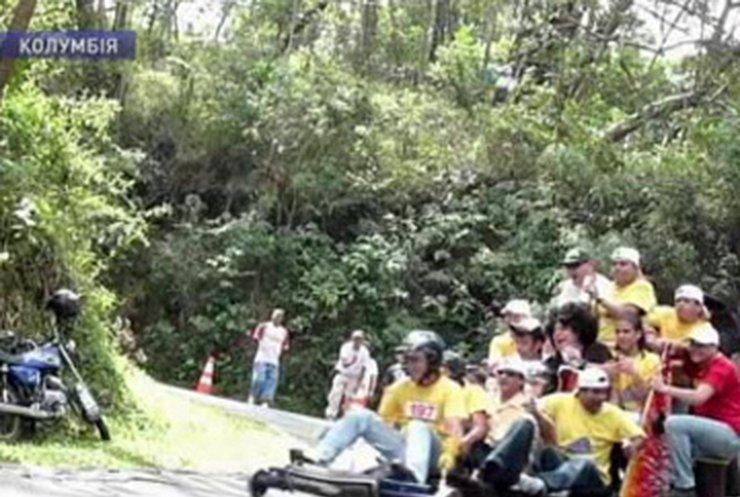 В Колумбии прошли соревнования по гонкам на телегах