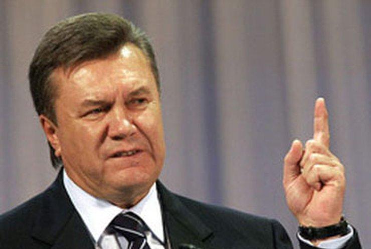 У Януковича в Японии вышел конфуз