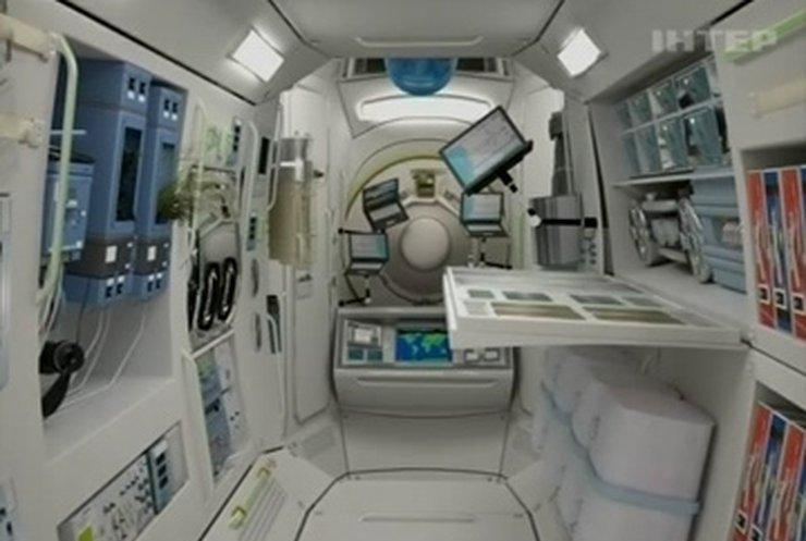 Космотуризм: РФ строит отель на орбите, США продают туры на Луну