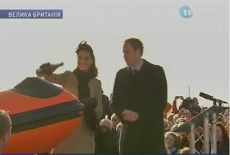 Кейт Миддлтон и принц Уильям вышли в свет