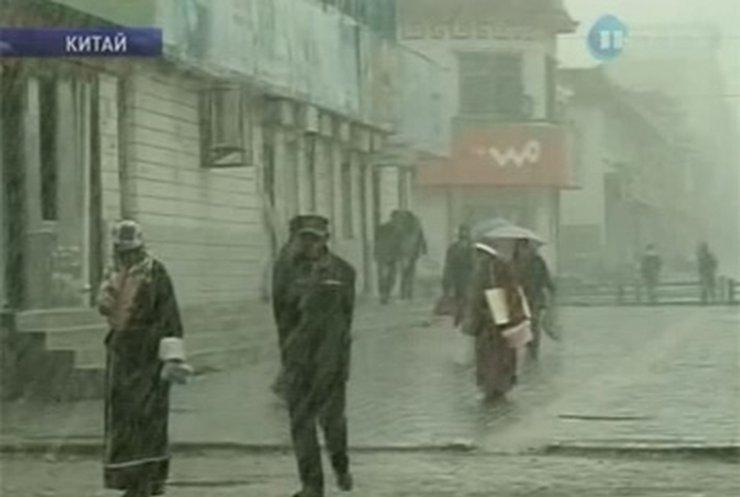 В Китае снегом засыпало провинцию Цинхай