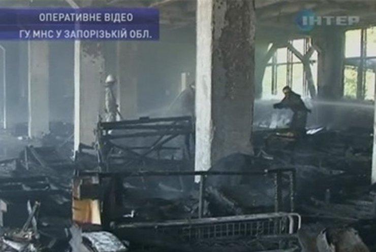 """В Запорожье произошел пожар на складах """"Радиоприбора"""""""