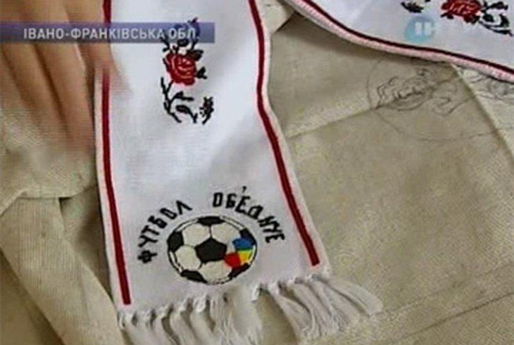Вышивальщица из Ивано-Франковска придает узорам футбольные мотивы