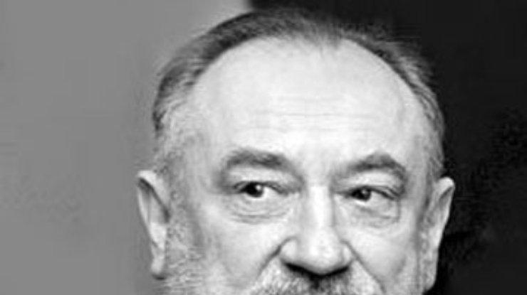 Медведев подарил Ступке орден Почета  587e440891357