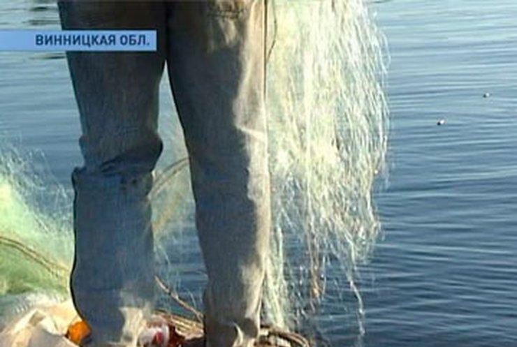 В Винницкой области запретили промышленный вылов рыбы