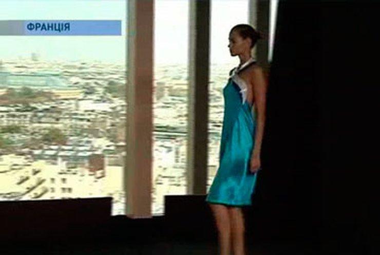 Парижскую неделю моды организовали на Эйфелевой башне