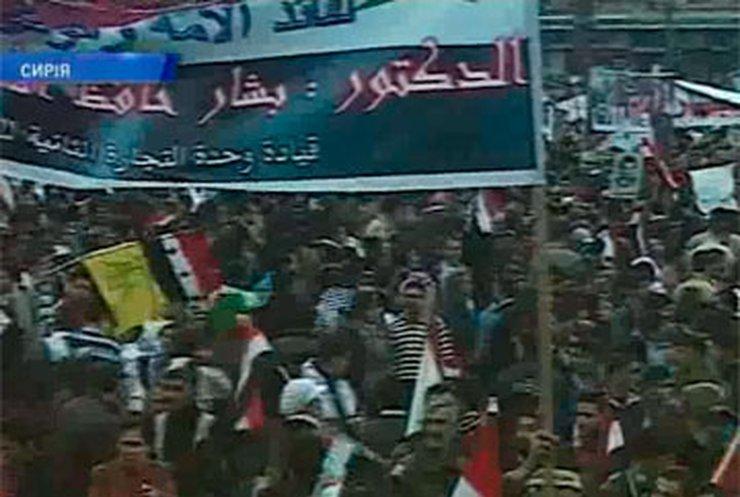 В Сирии толпа атаковала иностранные посольства