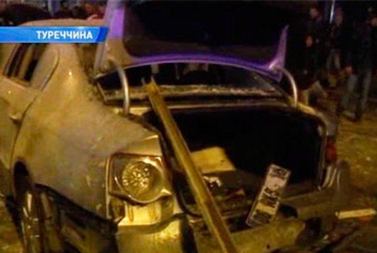 В турецком городе Хаккара взорвалась бомба