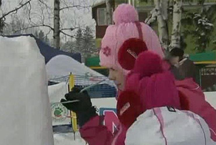 В Польше проходит чемпионат по резьбе по снегу