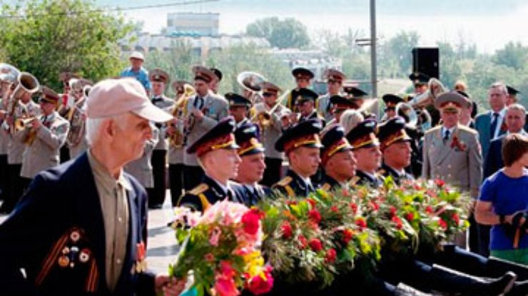 заводе фото марш победы днепропетровск что этом столетии