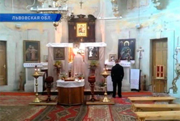 Во Львовской области появилась секта, которая зомбирует людей?