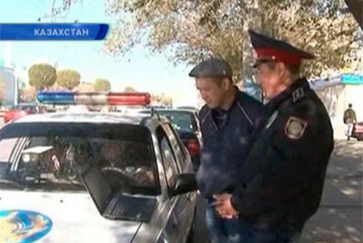 Казахские гаишники показывают нарушителям видео аварий