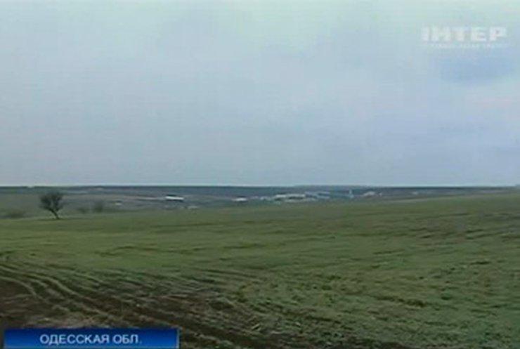 В Одесской области Минобороны воюет с селянами за землю