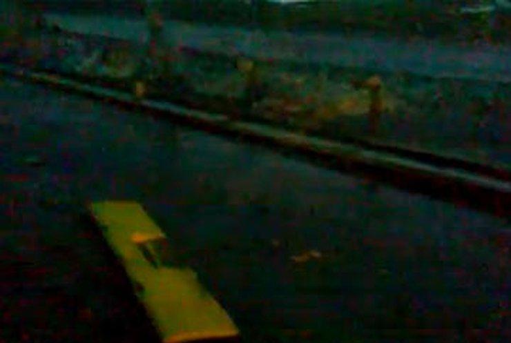 В Киеве опрокинулся автобус с пассажирами (обновлено)