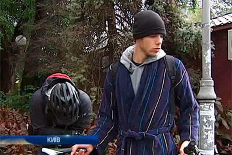 Столичные велолюбители прокатились в пижамах
