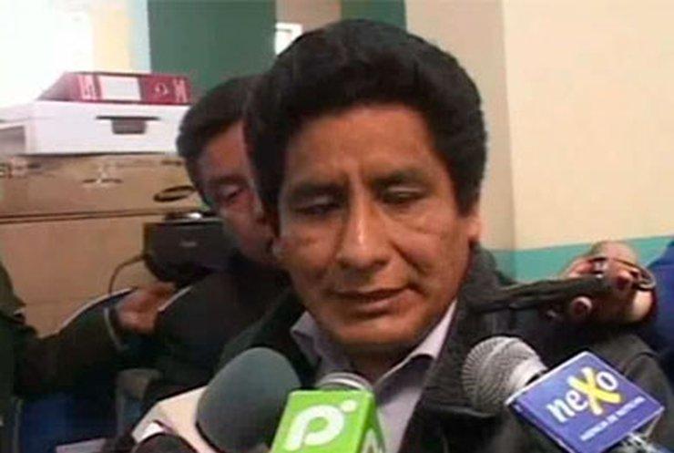 Боливийского чиновника обвинили в нелегальной продаже коки