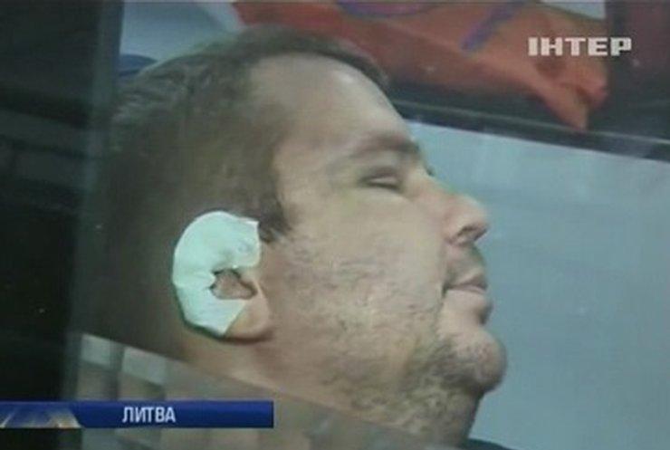"""Журналисты не увидели на лице Булатова """"многочисленных порезов"""""""