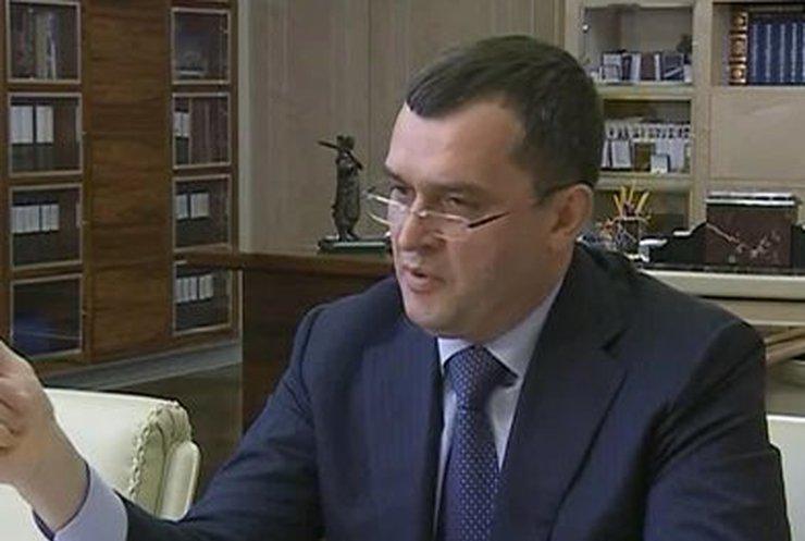 Захарченко: Поджоги автомобилей в Киеве прекращены