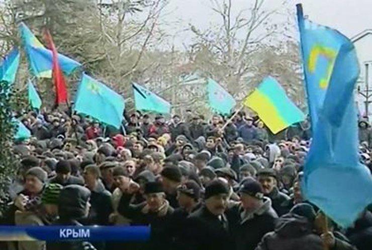 Крымчане продолжают настаивать на отделении Крыма