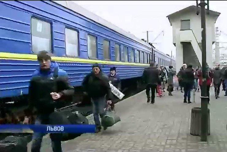 Львов приютил 70 крымчан, которые решили покинуть автономию