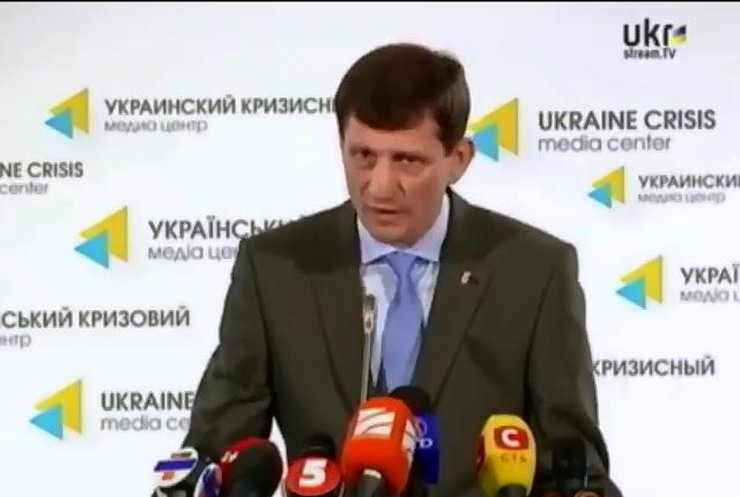 Вице-премьер-министр заявил, что из крымских музеев вывозят ценности