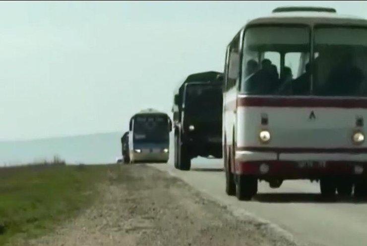 Из Крыма на материк направились украинские военные с семьями