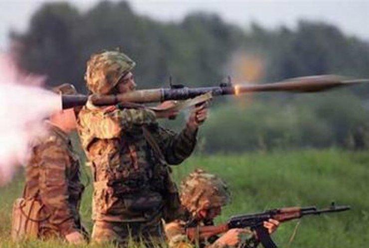 В Краматорске обстреляли аэродром и блокпост украинских военных