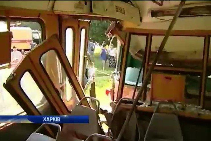 Столкновение трамваев в Харькове: Восемь человек в больнице