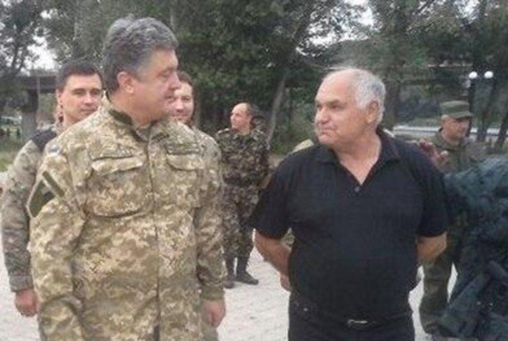 Порошенко приказал на неделю прекратить огонь на Донбассе (фото, видео)